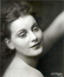 Greta_garbo_1924_2_2